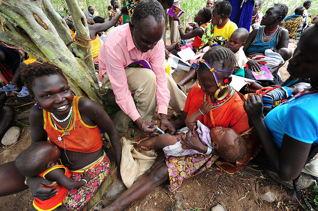 Immunizing a baby in Kenya