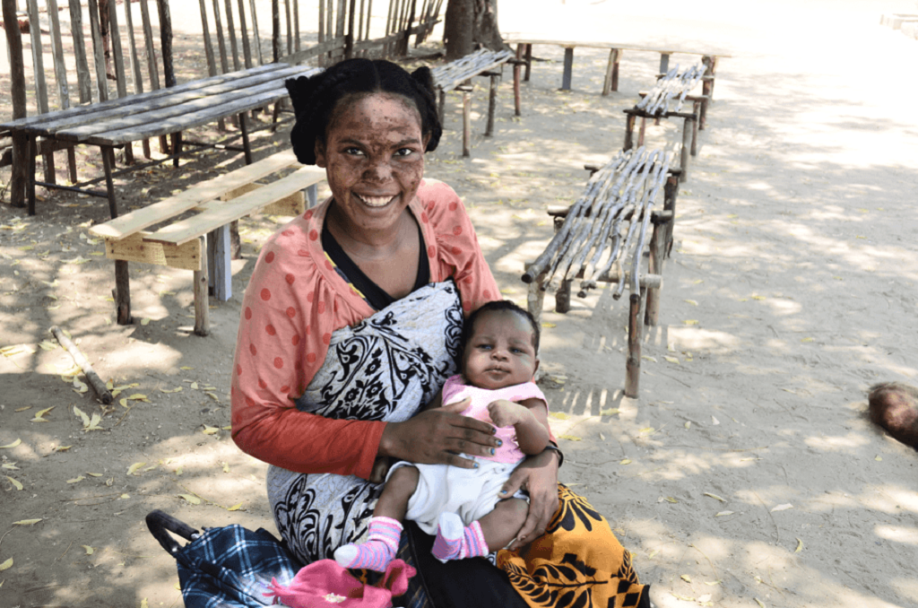 Malagasy mother Dorothée Orline and her 1.5 month-old daughter, Samelto.
