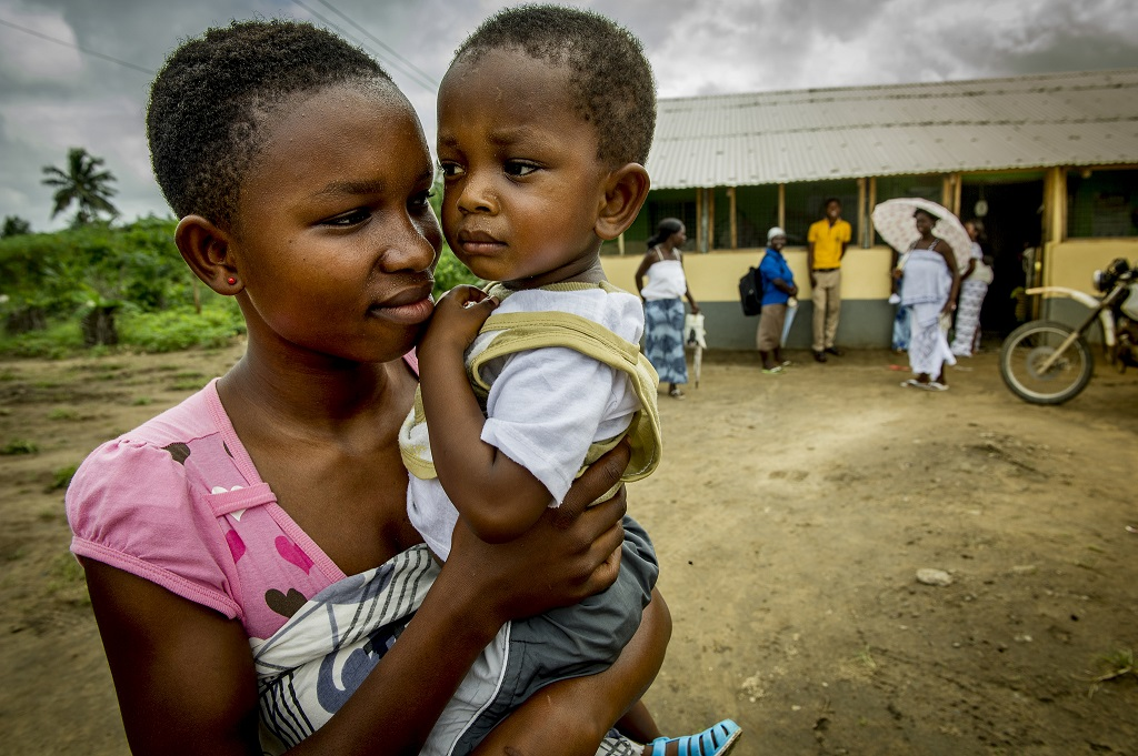 Ghanaian mother and her child.